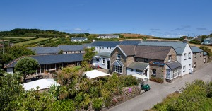 Tresco_Island-Eating_New_Inn_960x504_6